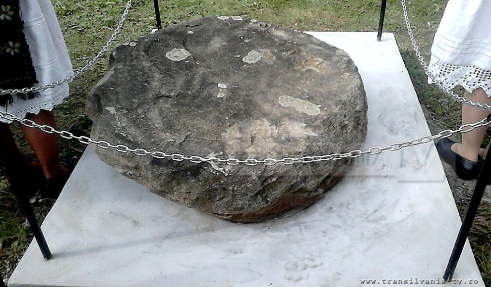 Simisna-Sfintirea altarului vechi-16
