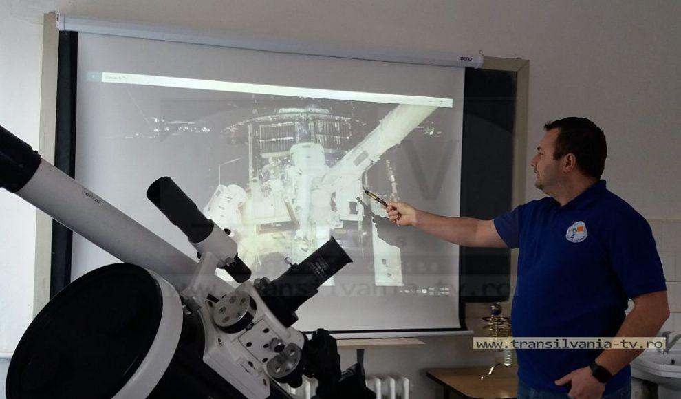 Ucenicul Astronom2