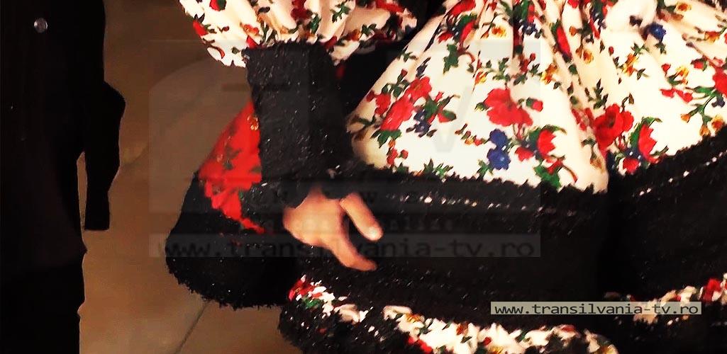 Certeze-Costume osenesti-6