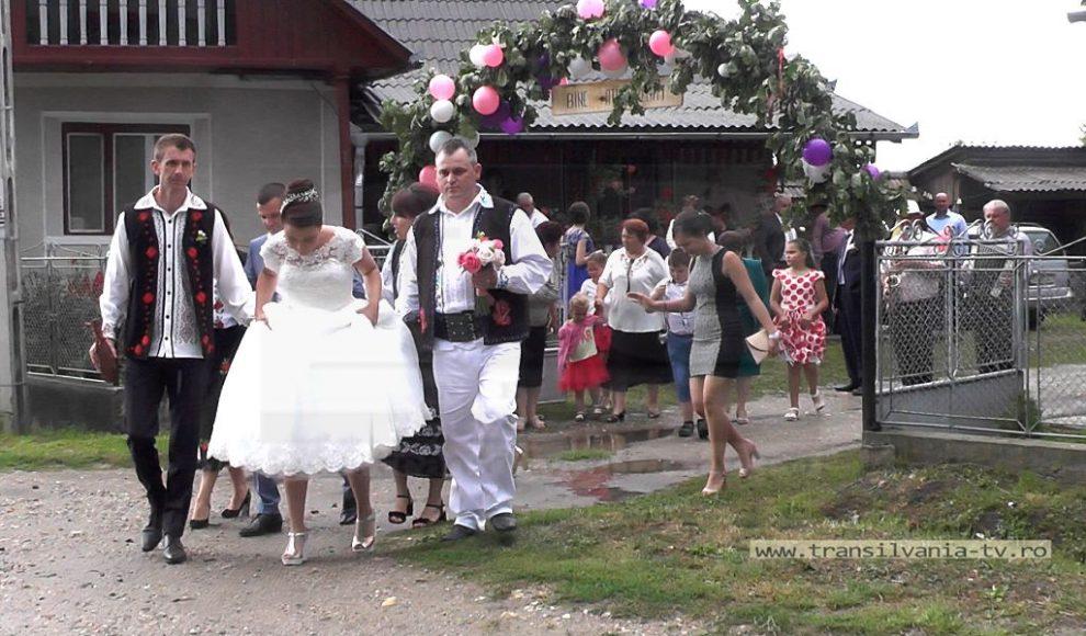 Podis-Nunta traditionala (42)